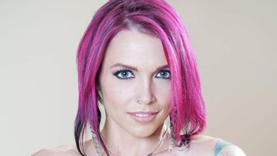 Photo of Anna Bell Peaks