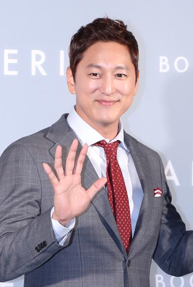 Han Suk-Joon_3