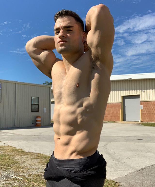 Julian Arroyo_23