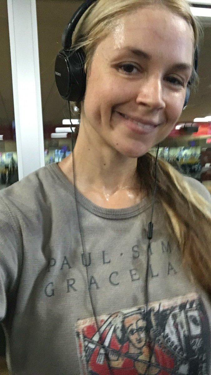Sarah Vandella_27