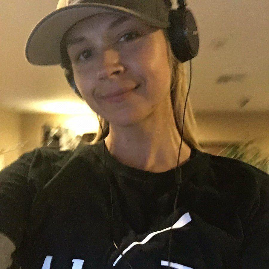 Sarah Vandella_28
