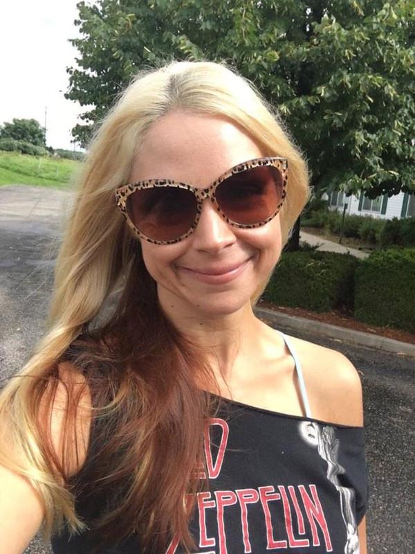 Sarah Vandella_40