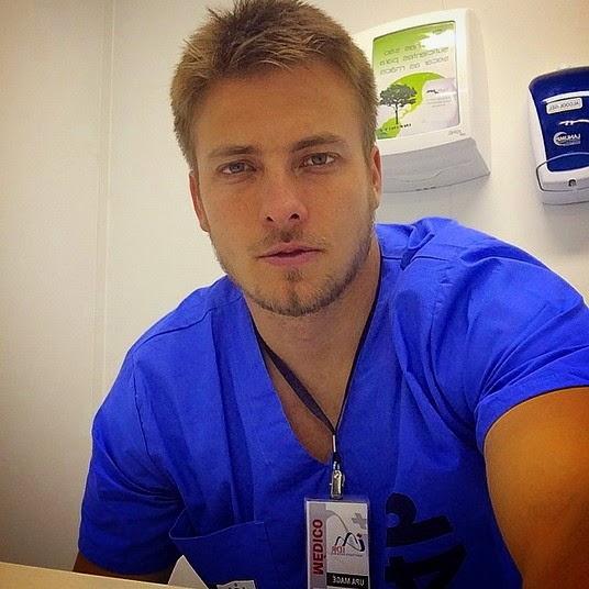 Dr. Luis Eduardo Oliveira - 48